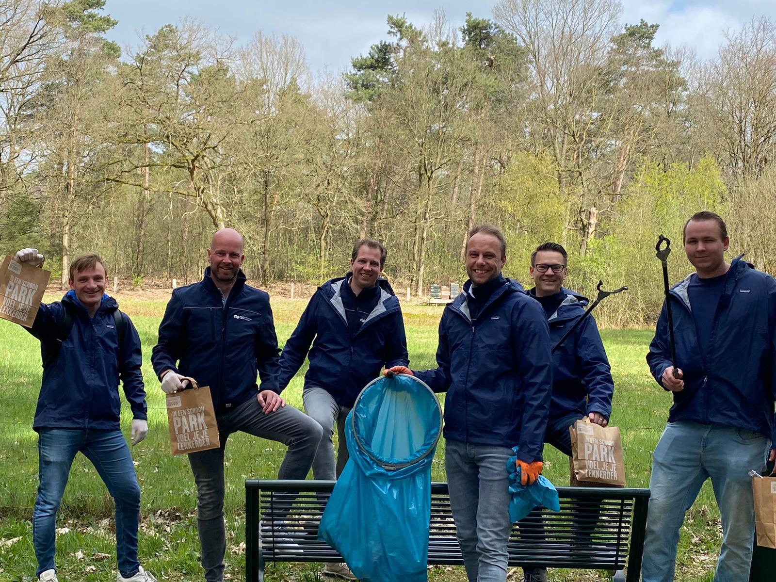 Convertus Employees cleaning up litter in their neighbourhoods